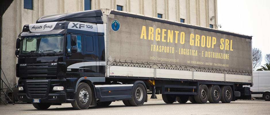 trasporto_spedizioni_italia_camion_centinato.jpg